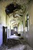 Per negligenza il soffitto crolla e per l'inerzia delle mani piove in casa. (O.Cartu.) Tags: abandoned italia abbandonato canon1785mm eos50d ospedalepsichiatrico 092013