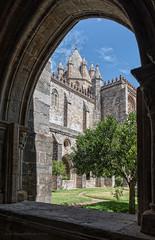 Evora (Javier Martinez de la Ossa) Tags: claustro evora gotico javiermartinezdelaossa portugal catedral