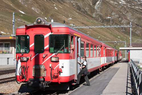 Realp | CH-UR (Uri) | 15.10.2011 | MGB train R 543