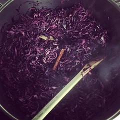 Red cabbage on the go for our Sunday roast #moraira #capepe #capepemoraira
