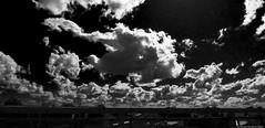 dramatica tarde (ojoadicto) Tags: blackandwhite blancoynegro cielo sky dramatic drama intensa dark oscura nubes clouds