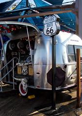 Merchandising (uhx72) Tags: unitedstates california santamonica pier route66 shop stuff