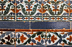 Granada19 - Alhambra Tiles (Ashley Bayles) Tags: alhambra granada españa spain tiles door unesco islamic architecture moorish arches