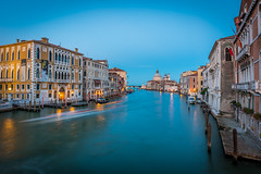 Streets of Venice (_gate_) Tags: venice grand canal italy italia venedig accademia italien 意大利威尼斯 night venezia life summer sommer urlaub holiday bella dolce vita nikon d750 20mm 18g ed water wasser reflections acadameia ponte dellaccademia bridge hafenviertel outdoor architektur brücke landstrase stadt pier