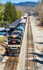 CSX Q303-01 White Sulphur Springs Vertical (HeritageNY) Tags: ns heritage sa 1065 co white sulphur springs allegany train