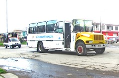 Bus intermunicipal International Coomotoristas del Cauca (N Fernando Sotelo Castro@Ferchos04 - V.2.0) Tags: ferchos04 04 fercho04 bus truck popayan colombia amarillo chiva coomotoristas macizo colombiano vk