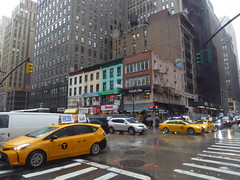 6th Ave and west 38th Str, Manhattan (Row 17) Tags: usa america newyork manhattan transport roadtraffic taxi taxis cab cabs streetscene streetlife street streets road roads architecture city urban