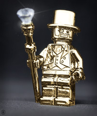Mr Gold (jezbags) Tags: lego legos toys toy minifigure minifigures macro macrophotography macrodreams macrolego canon60d canon 60d 100mm closeup upclose gold gem sparkle drips mr staft