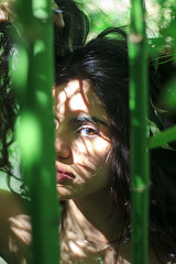 SVanina-115 (Frank PAT MO) Tags: amiga barcelona bcn chica retrato vanina verde