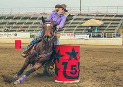 (micadew) Tags: horses horse rodeo cowgirls cowboyhat barrelracing rodeogirls