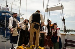Bristol Pirates visit the Tall Ship Windy (Pahz) Tags: chicago pirates windy lakemichigan greatlakes navypier tallship bristolrenaissancefaire chicagoillinois tallshipwindy bristolpirates