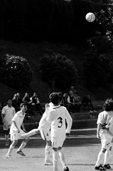 Partitella_007_170 mm_ (Giulio Gigante) Tags: street people italy rome roma sport kids ball football nikon soccer persone match tele calcio partita partitella giulionikon