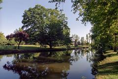 Parco Lambro (Pierpaolo Recaldini) Tags: italy geotagged ita lombardia parcolambro portra400 nikonf75 crescenzago coolscan5000 geo:lat=4549991000 geo:lon=925147500