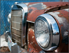190D Headlight (NoJuan) Tags: zeiss mercedes rust kodak 120film hasselblad explore 500c ektar 190d explored kodakektar100 50mmzeissdistagon