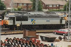 "Trainload Construction Class 56, 56051 ""Isle of Grain"" (37190 ""Dalzell"") Tags: grid construction isleofgrain class56 knottingley triplegrey 56051 trainloadfreight"