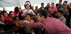 AR1_1020_ALFOSO REYES (Mi foto con el Presidente MX) Tags: presidente mxico mi foto carretera el julio con cuautla 2014 inauguracin mifoto chalco ixtapaluca enriquepeanieto peanieto epn presidencia20122018 distribuidorvialentronque