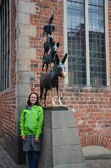 Meeting the Town Musicians (-Kj.) Tags: dog animals statue cat donkey townhall rooster bremen cecilie diebremerstadtmusikanten townmusiciansofbremen