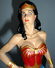 Wonder Woman Lynda Carter Statue (trev2005) Tags: woman scale statue wonder carter 16 lynda wonderwomansatue