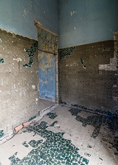 Kep (tim willems) Tags: cambodia kep villas sixties urbex