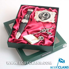 Armstrong Clan Crest Kilt Accessory Set