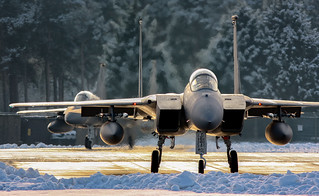 F15Cs Taxi out in the Snow 2012 CR (1 of 1)