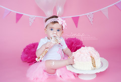 Cake Smash Messy! (Samantha Nicol Art Photography) Tags: cake smash samantha nicol natural light pink pretty toddler beith birthday first photographer foot