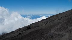 The way up to the Piton de la Fournaise (GötzD) Tags: réunion france piton de la fournaise vulcano vulkan trekking trek hiking hike