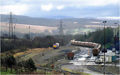 Running Around (Welsh Gold) Tags: 66093 6e09 onllwyn washery yard dowlais valley southwales