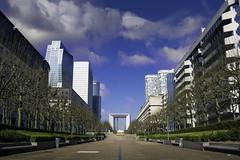 Esplanade de la défense (Paris / France) (docteurTonTon) Tags: esplanade de la défense paris france spring day sunny cloud empty urban architecture building ngc sky business district