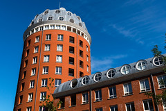 Observing the City (devos.ch312) Tags: breda modernarchitecture tower dome building apartments penthouse bricks brickwall tinroof architecture bluesky orange windows orangebluecontrast coolwarmcontrast thenetherlands