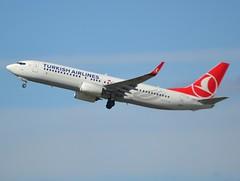 "TC-JHZ, Boeing 737-8F2(WL), 42004 / 4814, Turkish Airlines, ""Iznik"", CDG/LFPG, 2017-04-12, off runway 27L/09R. (alaindurandpatrick) Tags: tcjhz 737 738 737800 737ng boeing boeing737 boeing737800 boeing737ng jetliners airliners tk thy turkhavayollari turkishairlines airlines cdg lfpg parisroissycdg airports aviationphotography 420044814 iznik"