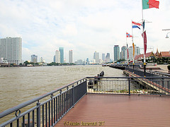 The Chao Phraya River at Asiatique the Riverfront in October 2013, Charoen Krung road, Khwaeng Wat Phraya Krai, Bang Kho Laem District, Bangkok, Thailand. (samurai2565) Tags: asiatique theriverfront chaophrayariver marketsinbangkok nightmarketinbangkok asiatiquetheriverfront 2194charoenkrungroad watprayakrai bangkholaem bangkok10120 thailand watrajsingkorn watprakarai