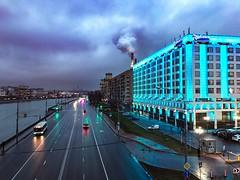 Киевская (spolikanov) Tags: красиво light streetcar smoke pipe sky