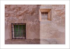 ventanas y sombras (miguelangelortega) Tags: ventanas sombras windows shadows pared wall rejas arquitecturapopular pueblo village ltytr1