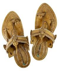 handmade-kolhapuri-chappal-for-men (Artisna) Tags: handmade kolhapuri chappal fashion