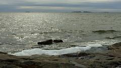 Looking south of Eteläinen Uunisaari (Helsinki, 20170326) (RainoL) Tags: 2017 201703 20170326 eteläinenuunisaari fin finland fz200 geo:lat=6015183348 geo:lon=2495301962 geotagged helsingfors helsinki island march nyland sea seashore södraugnsholmen ugnsholmarna ullanlinna ulrikasborg uunisaaret uusimaa