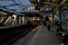 Coming Train(電車が来た) (daigo harada(原田 大吾)) Tags: ise station people train vechicle 伊勢 駅 電車
