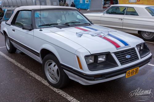 AP17-2288  Ford Mustang