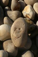 Content aussi (mistigree) Tags: caillou pierre galet normandie étretat visage