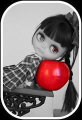 Blythe A Day ~ May 2014 ~ Day 7 APPLES