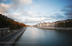 PARIS (SANDIE BESSO) Tags: longexposure panorama paris france seine view perspective wideangle lee grandangle darklong sandiebesso bigstopper sandiebessophotography littlestopper