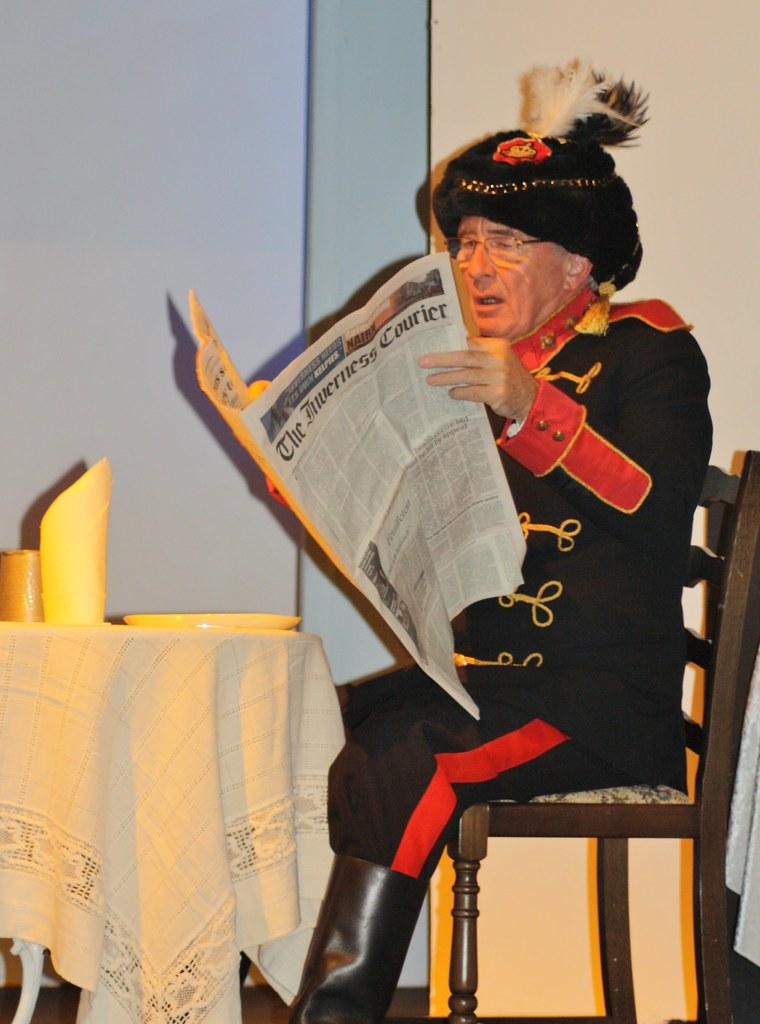 Razzle Ian reading paper