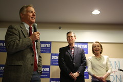 """Howard Dean Rally • <a style=""""font-size:0.8em;"""" href=""""http://www.flickr.com/photos/117301827@N08/14046843740/"""" target=""""_blank"""">View on Flickr</a>"""
