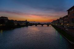 Atardecer en Florencia (Jos M. Arboleda) Tags: sunset rio canon river atardecer eos italia jose florencia 5d firenze arno arboleda markiii ef24105mmf4lisusm josmarboledac