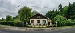 Le Vaudoue (Philippe Vieux-Jeanton) Tags: house france ice home facade stitching maison sud 2014 sal50f18 sonyslta33