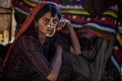 Dhaneta Jat tribe woman in great rann of kutch (anthony pappone photography) Tags: travel woman india colors girl silver colours handmade muslim earring piercing ring rings tribes nomad asie nosering textiles cloth ethnic indi indien nomads indi yat islamic gujarat inde ethnology azi nomade nomadic indland noserings kutch bhuj  jat etnic greatrannofkutch indija  etnia handembroidered ethnie dhanetajat dhaneta handmadefabrics   handcraftedtextiles jattpeople jatttribe earringnose earringjatjat jattribe desertkutch kutchtribes anthropologye dhanetajattribe