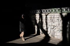 So Paulo/SP, Brasil (Fbio de Oliveira [Pixel Inc.]) Tags: street city cidade urban sopaulo streetphotography sp finepix fujifilm streetphoto urbano rua fotografiaderua x100