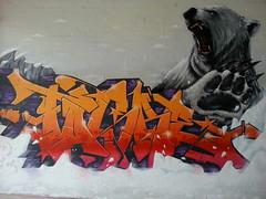 Scale & Task... (colourourcity) Tags: bear streetart scale graffiti awesome maps id melbourne polarbear grizzly epic wfc tgs task halfstars idcrew tmk australai pheds burncity camscale instinctdriven colourourcity phedsone