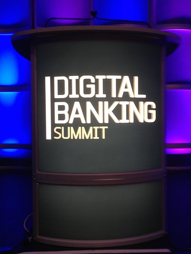 Digital_Banking_Summit_podium