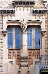 Sabadell - St. Josep 29 d (Arnim Schulz) Tags: barcelona espaa art window architecture liberty ventana spain arquitectura arte fenster kunst catalonia finestra artnouveau gaud architektur catalunya espagne fentre modernismo catalua spanien modernisme jugendstil espanya katalonien stilefloreale belleepoque baukunst